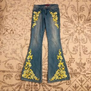 Alice + Olivia Yellow Floral Embroidered Jeans